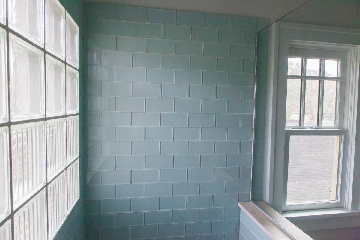 Small carpenters at large for Large glass tiles for bathroom